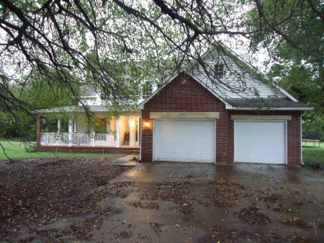 Sold Cross Sale W/ MLS | 1201 Willow Springs Road Ponca City, OK 74604-1067 0