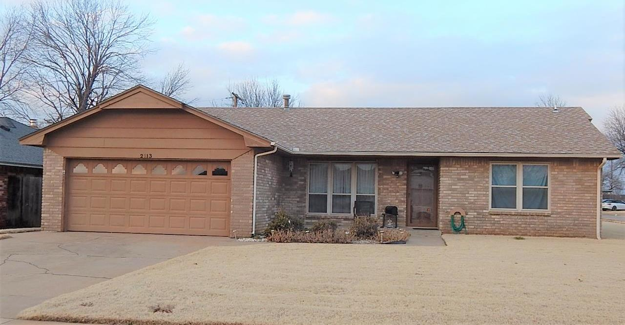 Sold Cross Sale W/ MLS | 2113 Berkshire Ponca City, OK 74604 0