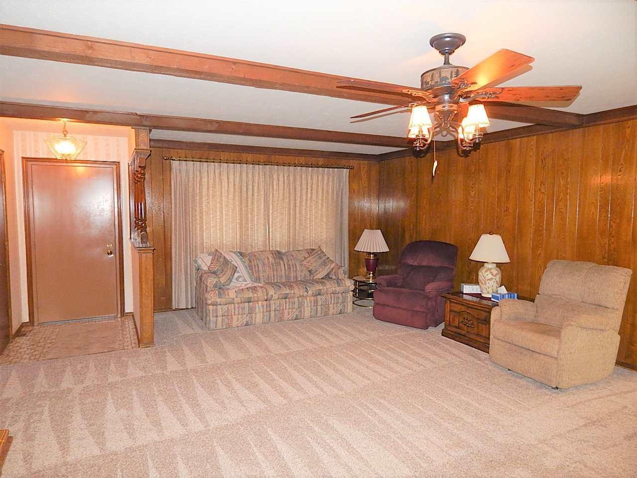 Sold Cross Sale W/ MLS | 2113 Berkshire Ponca City, OK 74604 2