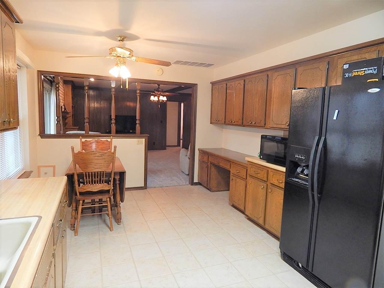 Sold Cross Sale W/ MLS | 2113 Berkshire Ponca City, OK 74604 3