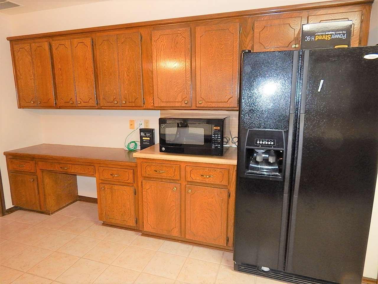 Sold Cross Sale W/ MLS | 2113 Berkshire  Ponca City, OK 74604 5