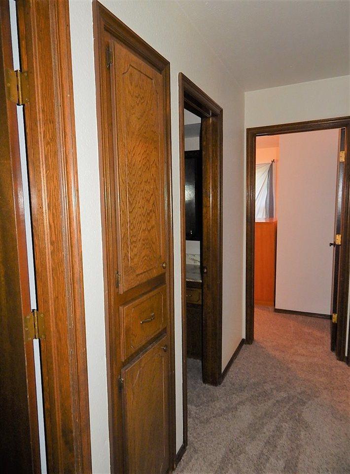 Sold Cross Sale W/ MLS | 2113 Berkshire  Ponca City, OK 74604 8