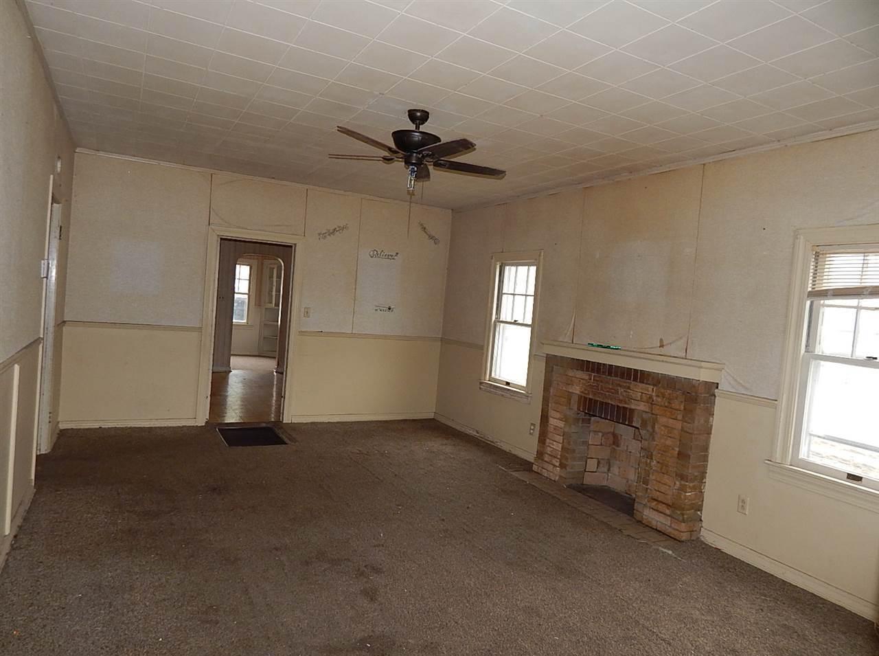 Sold Cross Sale W/ MLS | 414 N Palm Ponca City, OK 74601 1