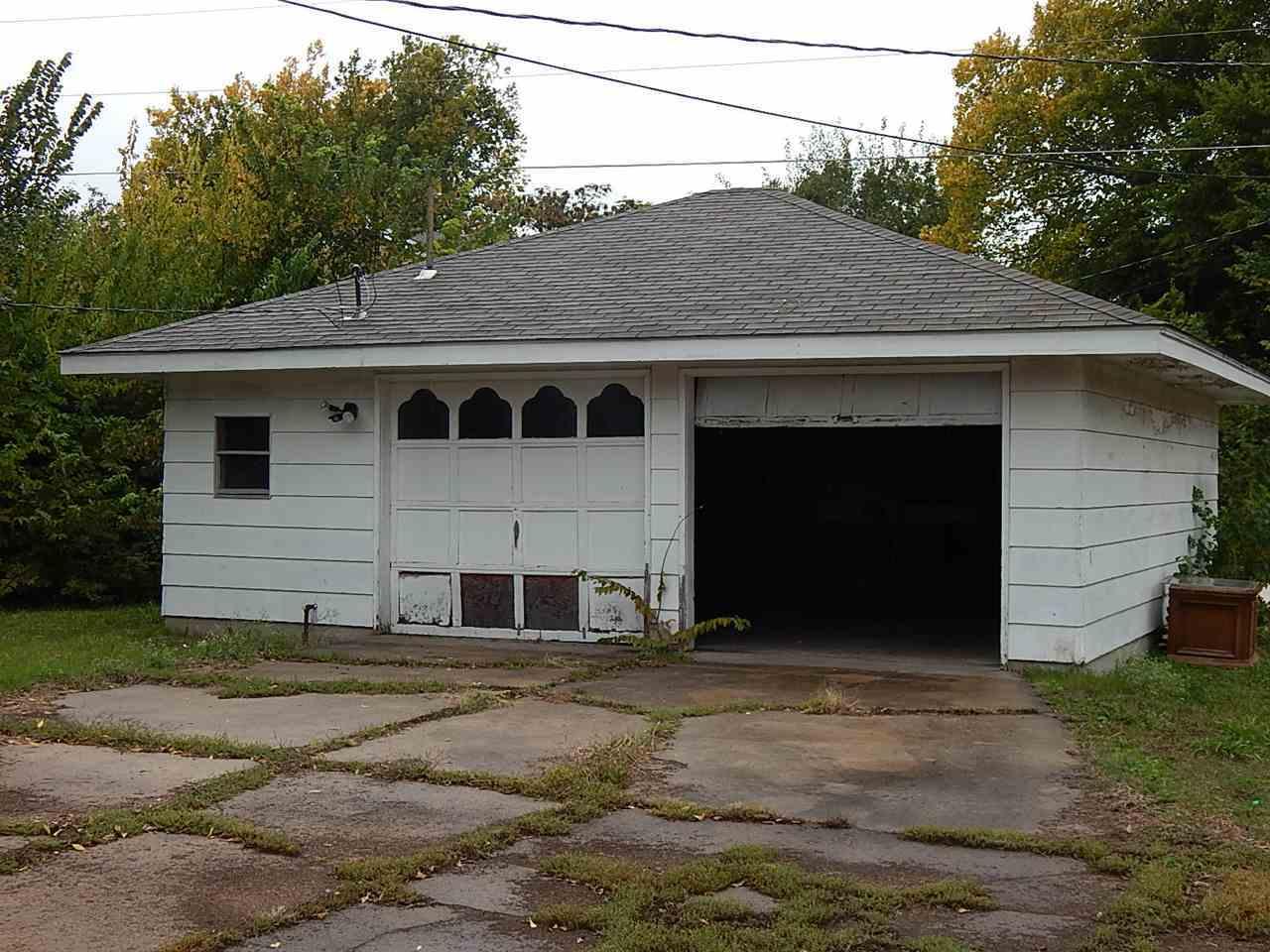 Sold Cross Sale W/ MLS | 414 N Palm Ponca City, OK 74601 8