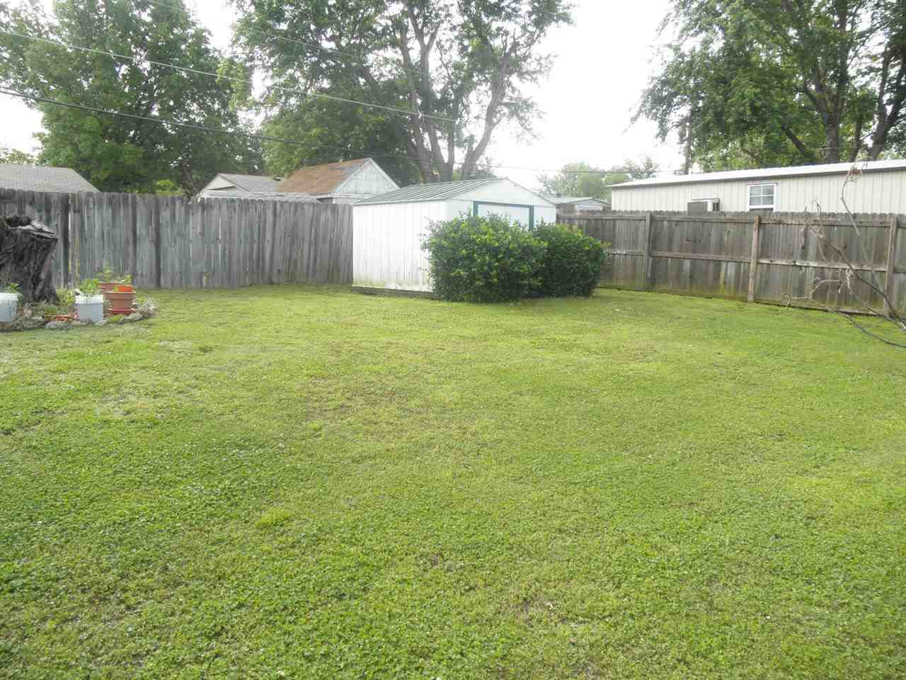Sold Cross Sale W/ MLS | 601 Hampton Ponca City, OK 74601 18
