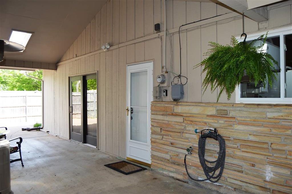 Sold Intraoffice W/MLS | 2404 Mockingbird Ponca City, OK 74604 5