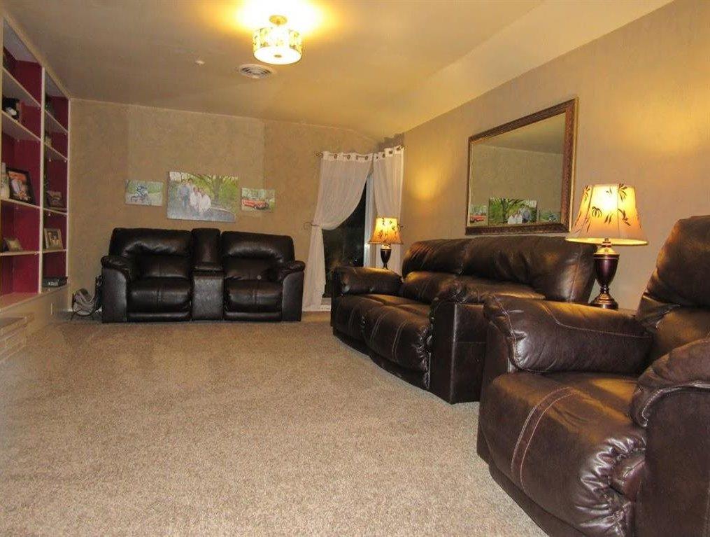 Sold Intraoffice W/MLS | 2404 Mockingbird Ponca City, OK 74604 9
