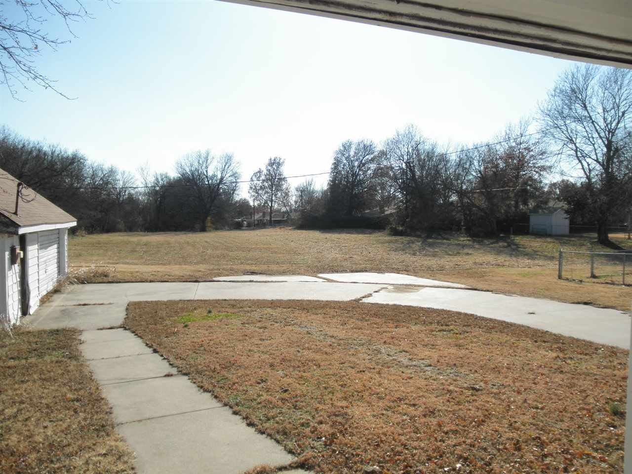 Sold Cross Sale W/ MLS | 1904 E Prospect Ponca City, OK  30