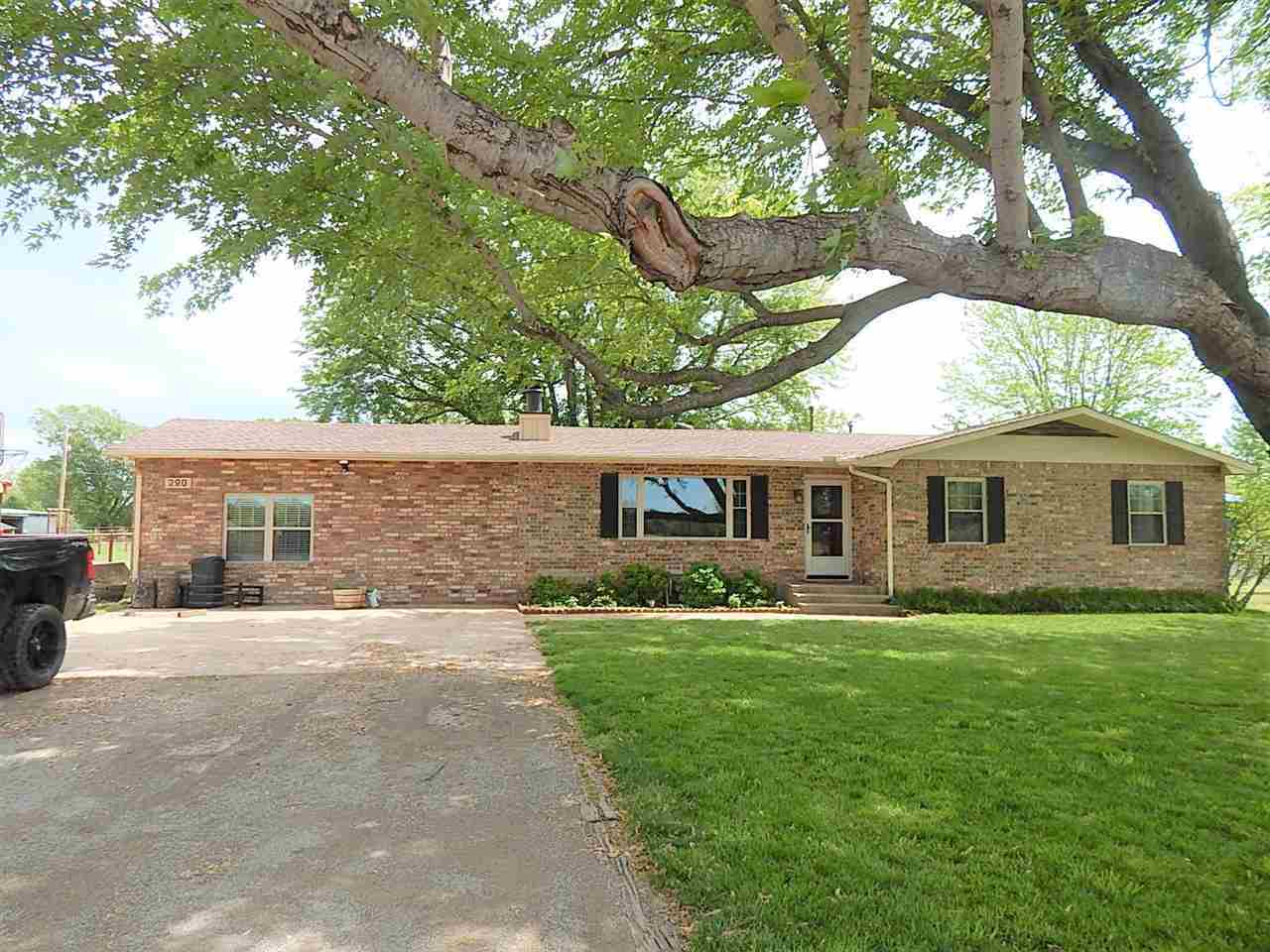 Sold Cross Sale W/ MLS | 290 N Indian Hills Rd. Ponca City, OK 74604 1