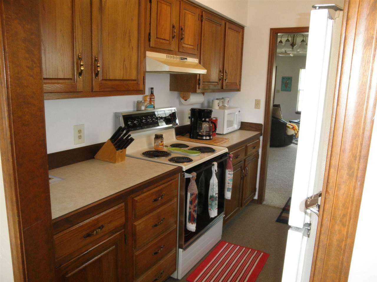 #century21groupone,#homesforsaleponcacity,#poncacityrealestate | 3712-D Bellflower  Ponca City, OK 74604 8