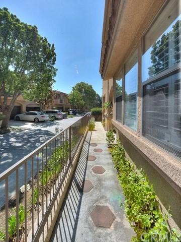 Closed | 2096 Villa Del Lago Drive #B Chino Hills, CA 91709 1