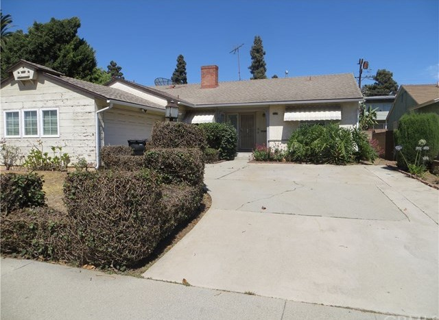 Active Under Contract | 9418 S 10th Avenue Inglewood, CA 90305 0