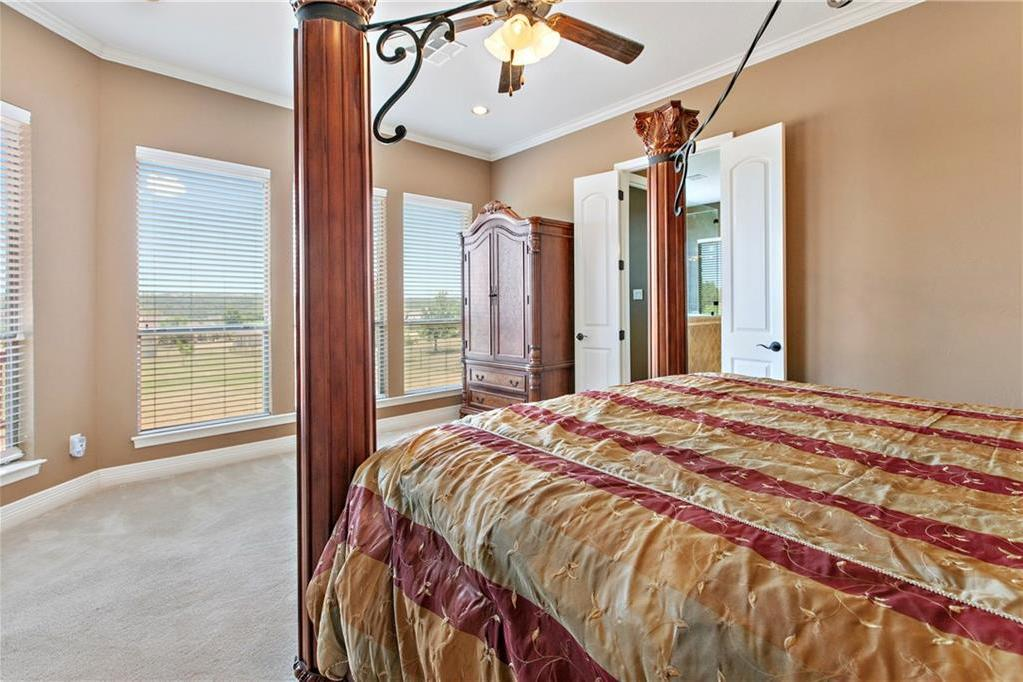 Pending | 200 Lake Side Drive Georgetown, TX 78628 21