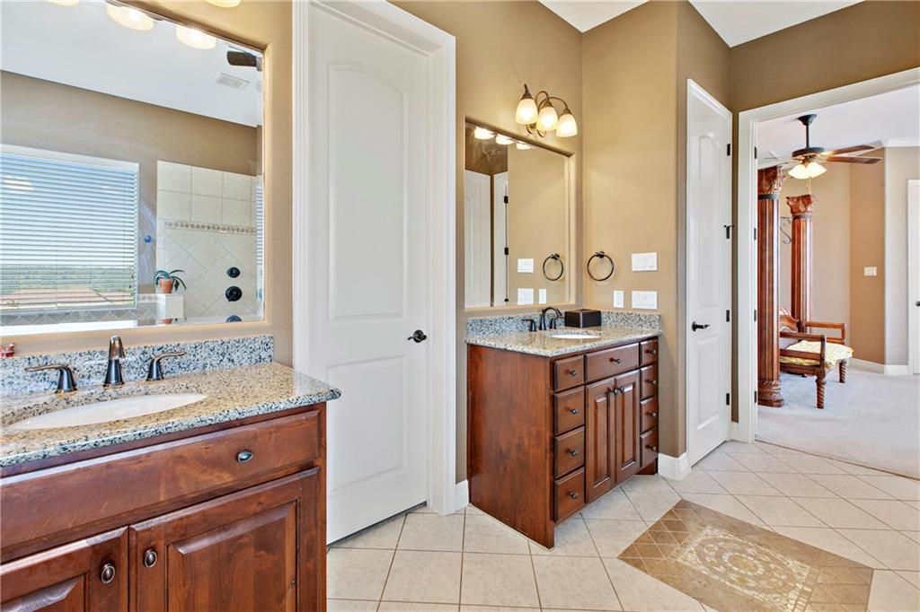 Pending | 200 Lake Side Drive Georgetown, TX 78628 25