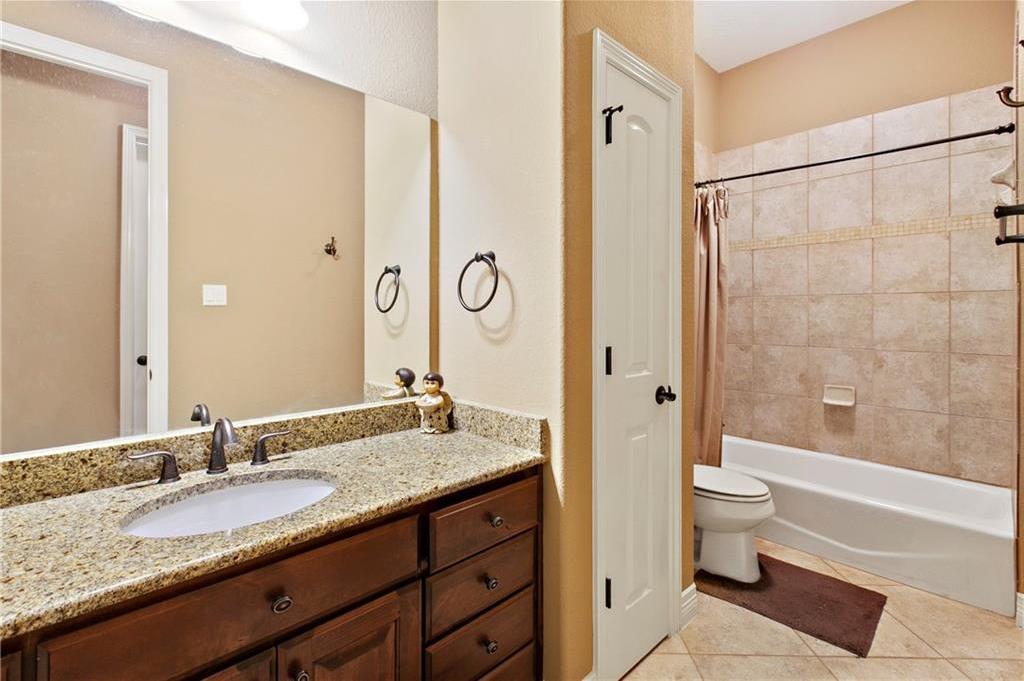 Pending | 200 Lake Side Drive Georgetown, TX 78628 29