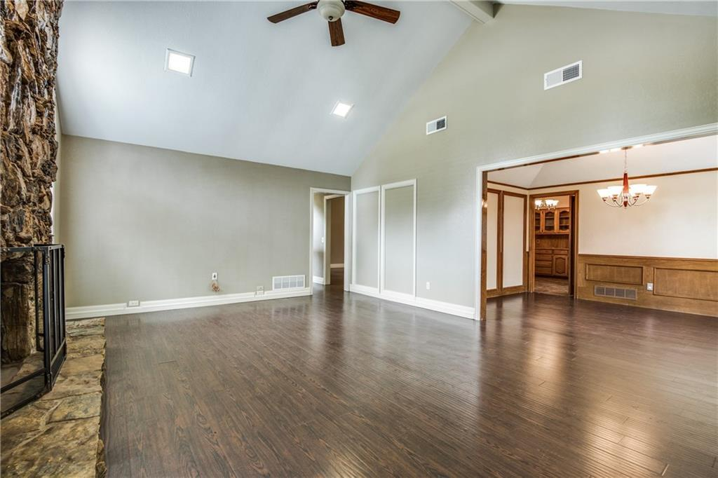 Sold Property | 1003 Clinton Street Carrollton, Texas 75007 4