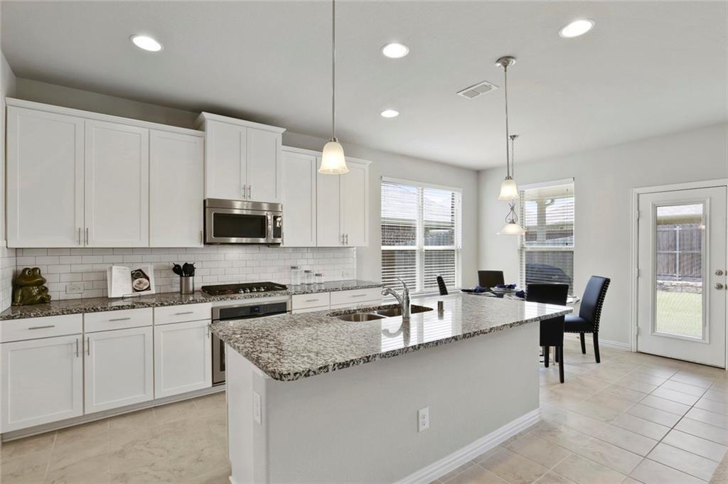 Sold Property   2820 Castle Creek Drive Little Elm, TX 75068 16