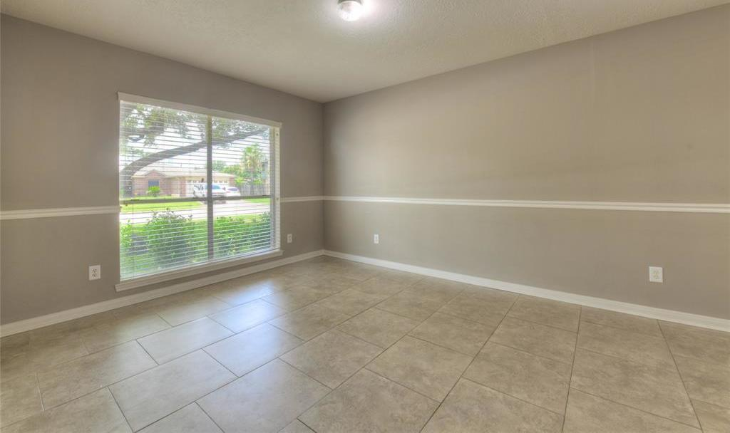Off Market   18022 Lago Forest Drive Humble, Texas 77346 3