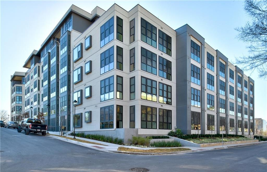 Leased | 800 Embassy Drive #109 Austin, TX 78702 1