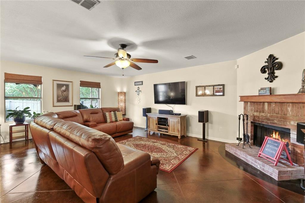 DFW Real Estate | For Sale Mesquite | 2701 Meadowlark Drive Mesquite, TX 75149 9