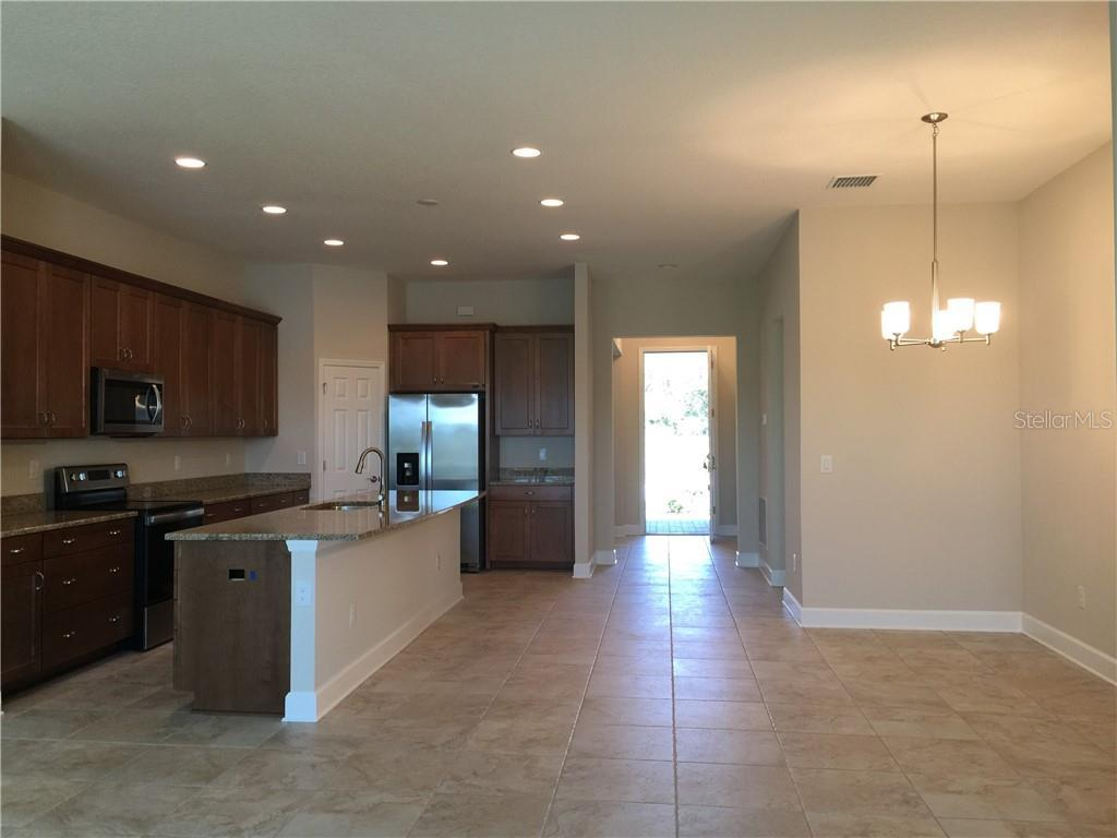 Active | 5747 STOCKPORT  STREET RIVERVIEW, FL 33578 5