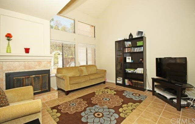 Closed | 7 Mirabella  #93 Rancho Santa Margarita, CA 92688 2