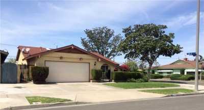 Closed | 413 S Vicki Lane Anaheim, CA 92804 13