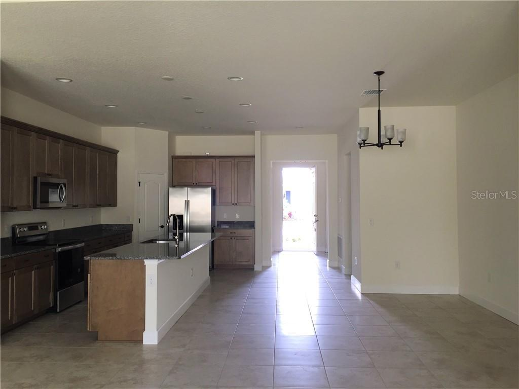 Active | 5722 STOCKPORT  STREET RIVERVIEW, FL 33578 3