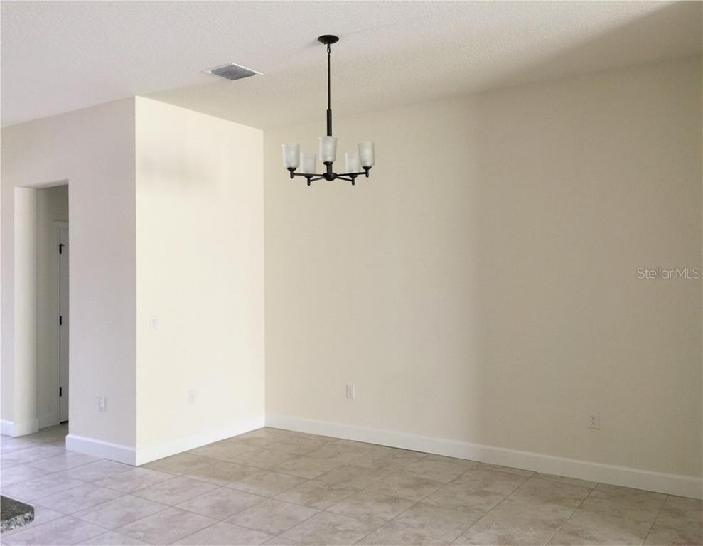 Active | 5722 STOCKPORT  STREET RIVERVIEW, FL 33578 7