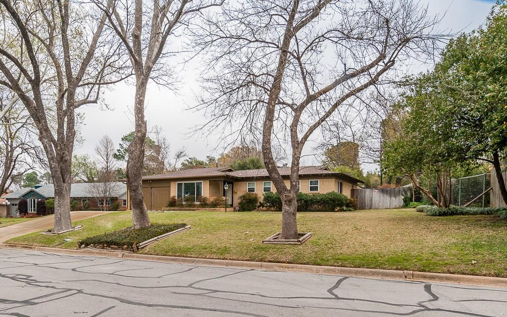Sold Property | 1905 Woods Drive Arlington, Texas 76010 0