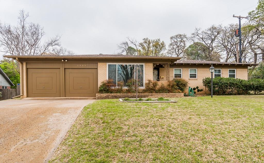 Sold Property | 1905 Woods Drive Arlington, Texas 76010 1
