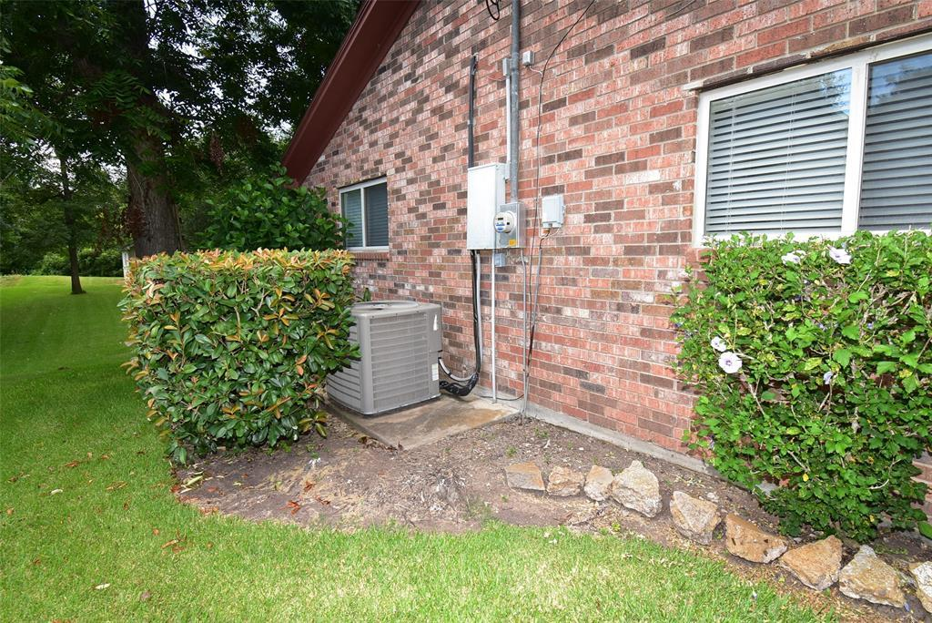 Off Market | 182 Nueces Street Bay City, TX 77414 15