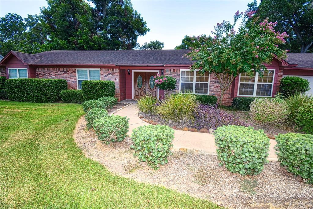 Off Market | 182 Nueces Street Bay City, TX 77414 27