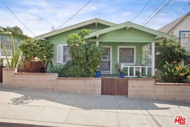 Active | 2602 3RD Street Santa Monica, CA 90405 4