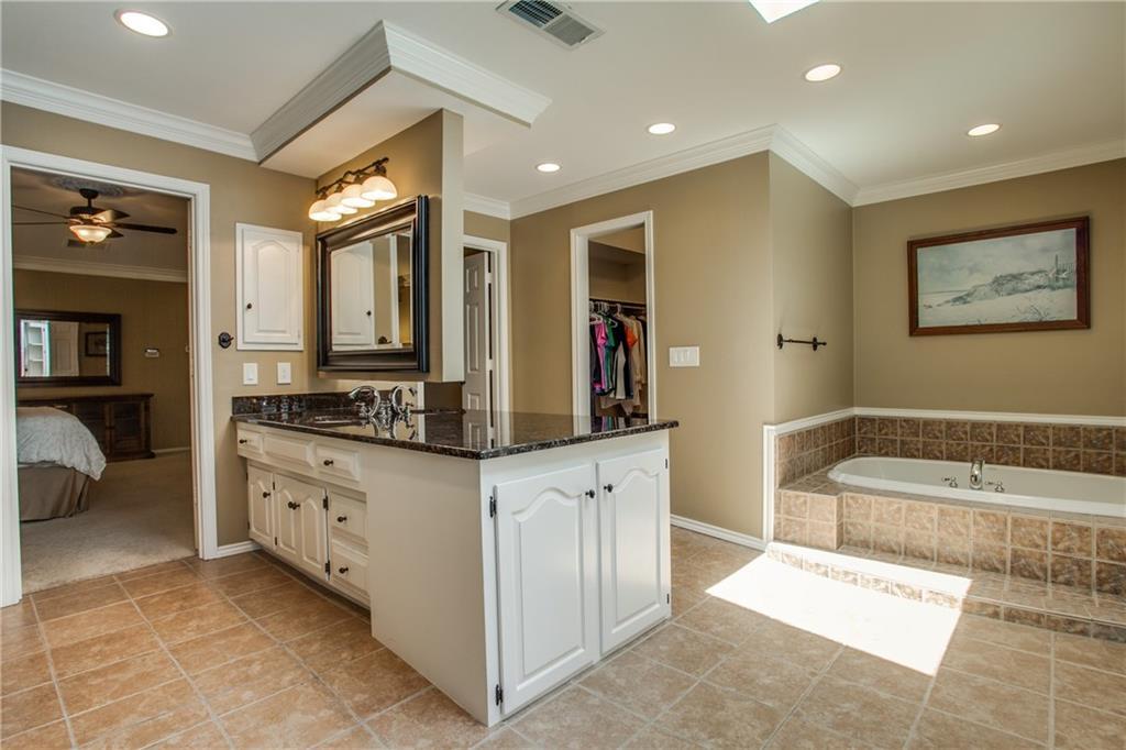 Sold Property | 7606 Queens Garden Drive Dallas, Texas 75248 16