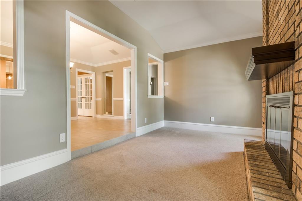 Sold Property | 7606 Queens Garden Drive Dallas, Texas 75248 5