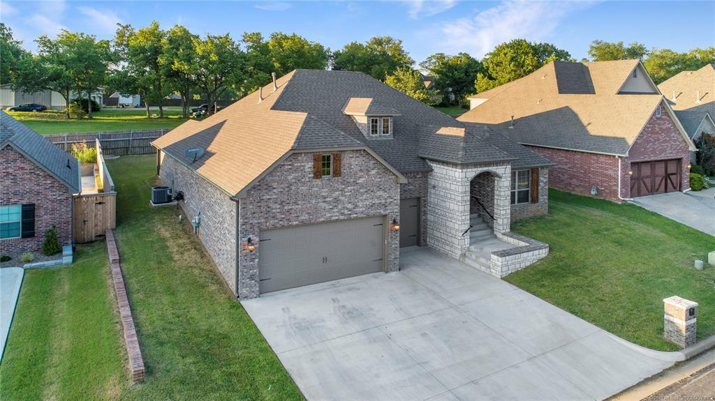 Off Market | 3106 Heritage Hills Parkway Claremore, Oklahoma 74019 1