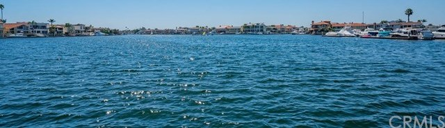 Closed | 16422 Harbour Lane #17 Huntington Beach, CA 92649 3