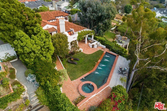 Closed | 1213 RIMMER  Avenue Pacific Palisades, CA 90272 6