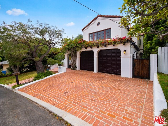 Closed | 1213 RIMMER  Avenue Pacific Palisades, CA 90272 14