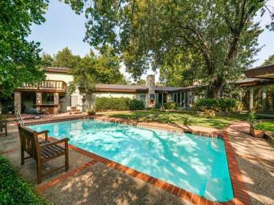 Sold Property | 4400 Williamsburg Road Dallas, Texas 75220 3