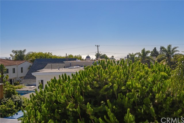 Closed | 215 S Irena Avenue #B Redondo Beach, CA 90277 103