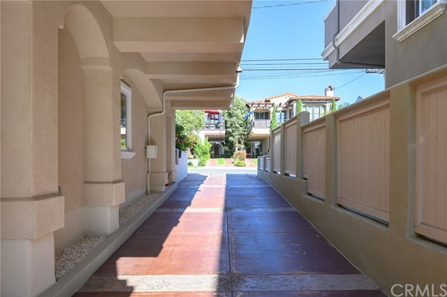 Closed | 215 S Irena  Avenue #B Redondo Beach, CA 90277 108
