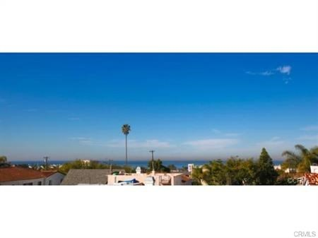 Closed | 215 S Irena  Avenue #B Redondo Beach, CA 90277 12