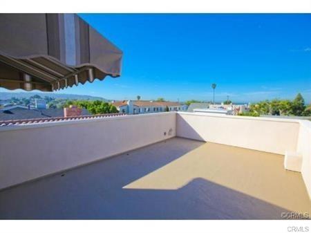 Closed | 215 S Irena Avenue #B Redondo Beach, CA 90277 14