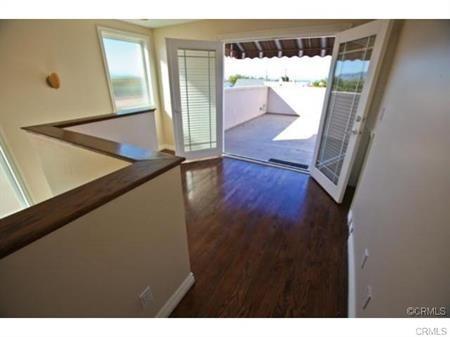 Closed | 215 S Irena  Avenue #B Redondo Beach, CA 90277 22