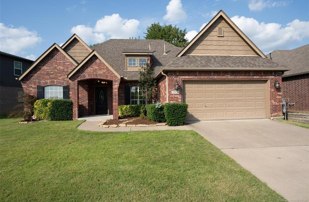 Active | 2929 N Lions Drive Broken Arrow, OK 74012 35