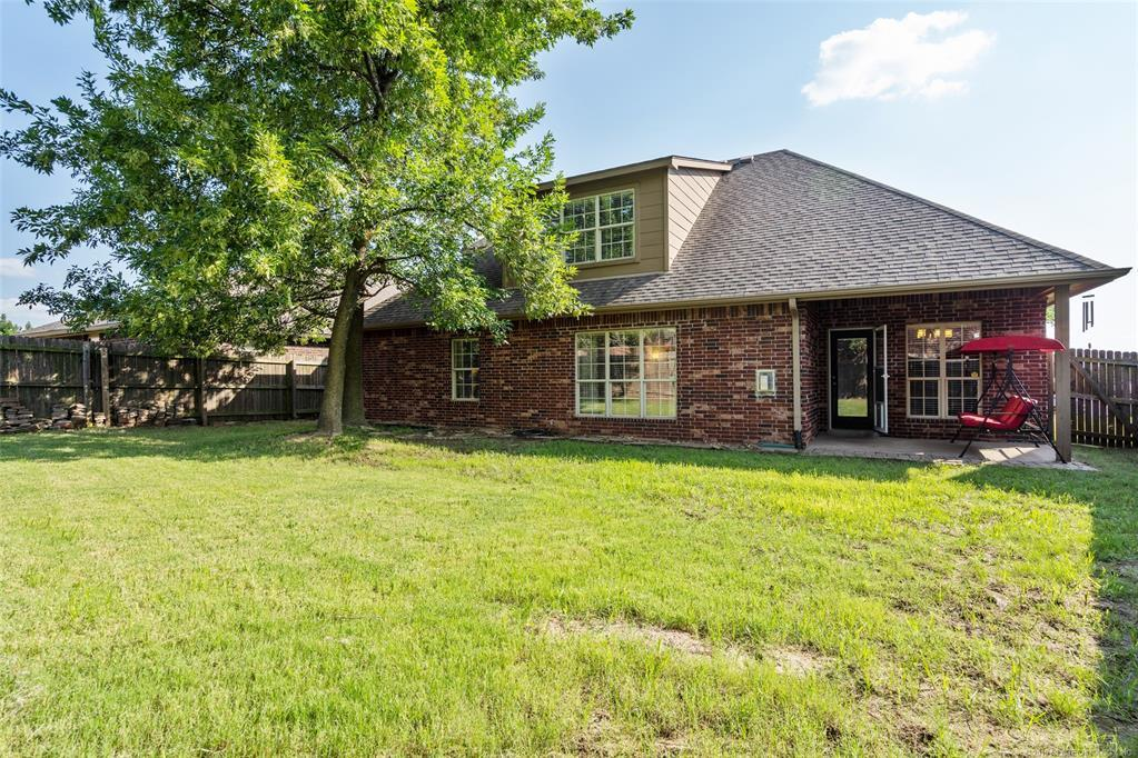 Active | 2929 N Lions Drive Broken Arrow, OK 74012 36