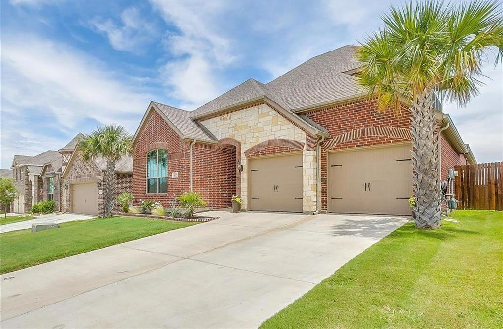 Leased | 8525 Meadow Sweet  Fort Worth, Texas 76123 2