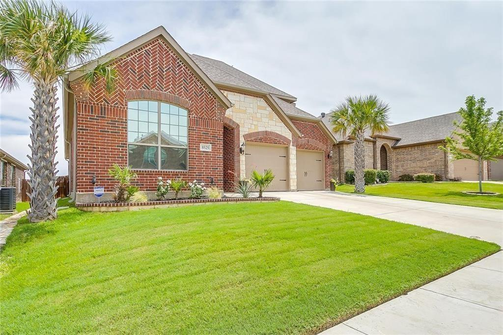 Leased | 8525 Meadow Sweet  Fort Worth, Texas 76123 3
